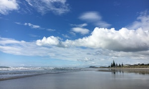 What's the weather like in Waihi Beach?