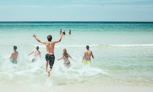 A group holiday in Waihi Beach